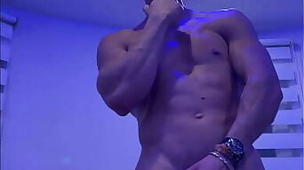 Muscle Stripper Party Dance and Jerk off Big Cock